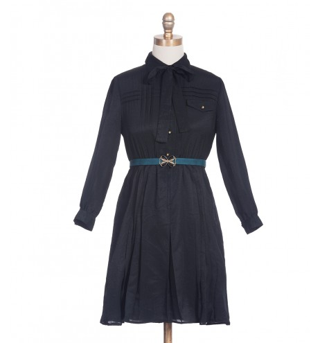 שמלת וינטג' מלטפת