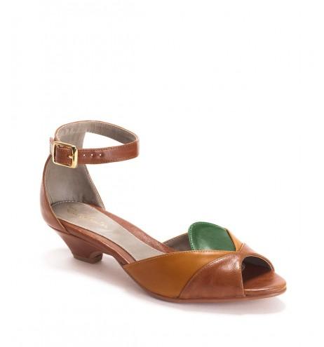 נעלי סהרה