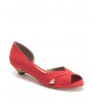 נעלי נובה אדום