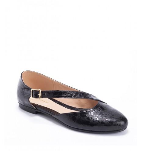נעלי לנה