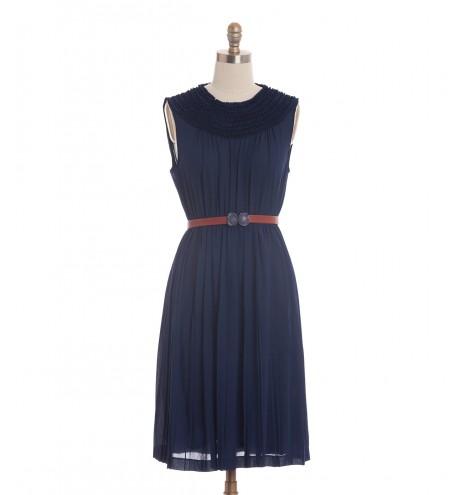 שמלת וינטג' וירג'יניה