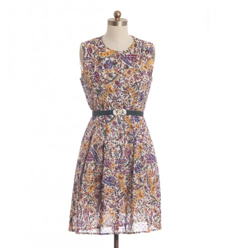 שמלת וינטג' כרמן