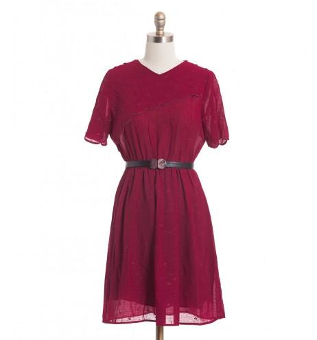 שמלת וינטג' בורגונדי