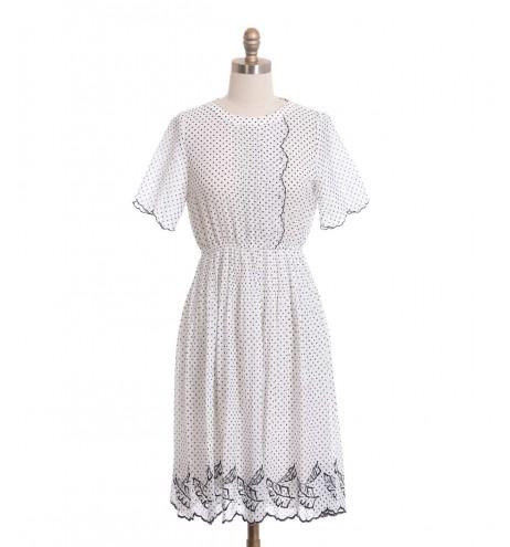 שמלת וינטג' פולקה לבנה